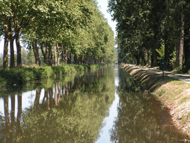 The Lalinde Canal