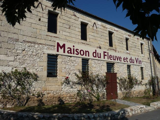 The Museum of the river and wine in Port Sainte Foy