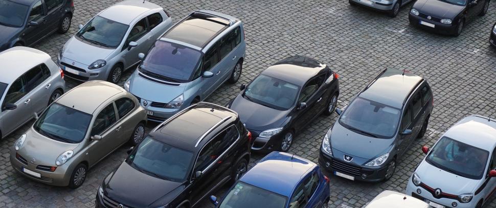 Parkeerplaatsen Oplaadpunt Voor Elektrische Auto Toerisme In De