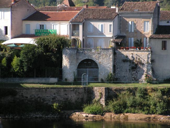 Port sainte foy pays de bergerac tourisme - Office du tourisme bergerac ...